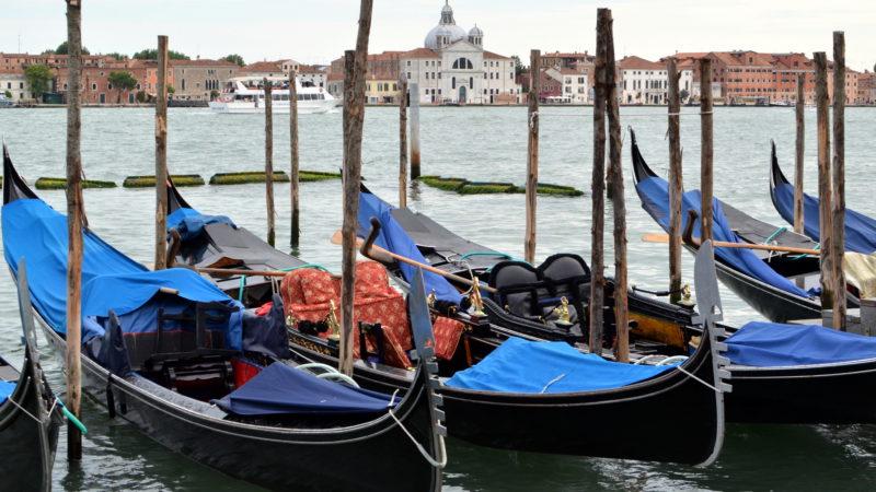 Venician Gondolas, Italy - Virginie Suys Photo Canvas HD