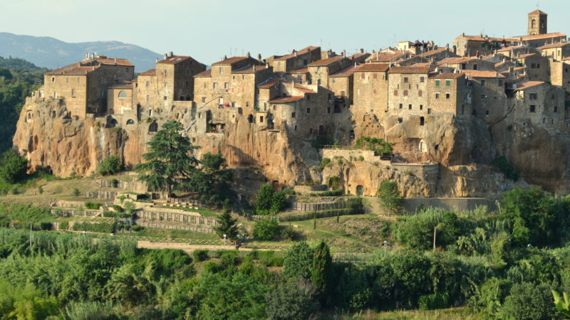Italian village green & beige, Pitigliano, Italy - Virginie Suys Photo Canvas HD