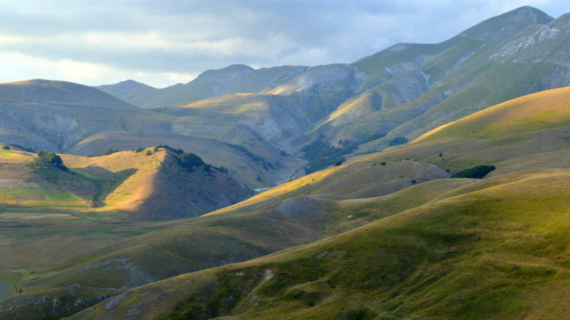 Monte Sibillini mountains, Italy - Virginie Suys Photo Canvas HD