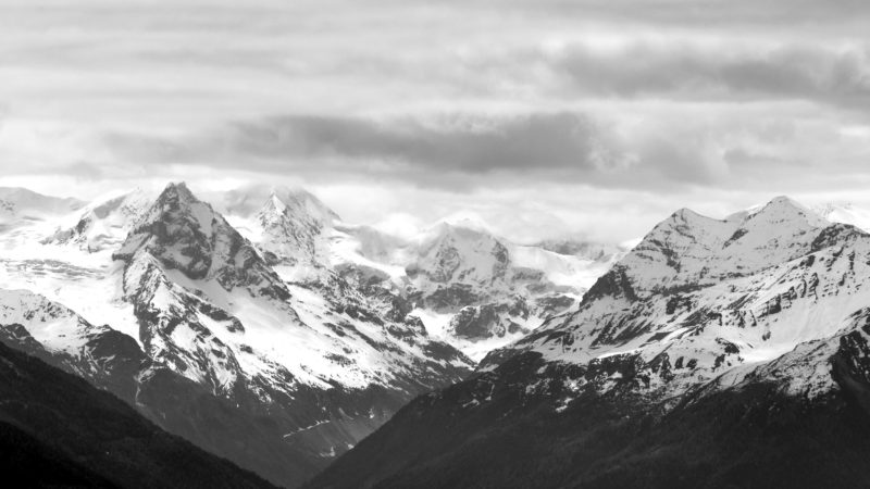 Mountains black & white, Switzerland - Virginie Suys Photo Canvas HD